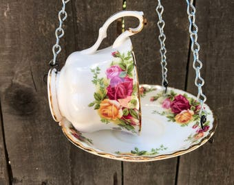 Royal Albert Antique Teacup & Saucer Bird's Feeding Tray, Wild Birds Best Bird Feeder, Garden Hanging Bird Feeder Trough, Item #539145395