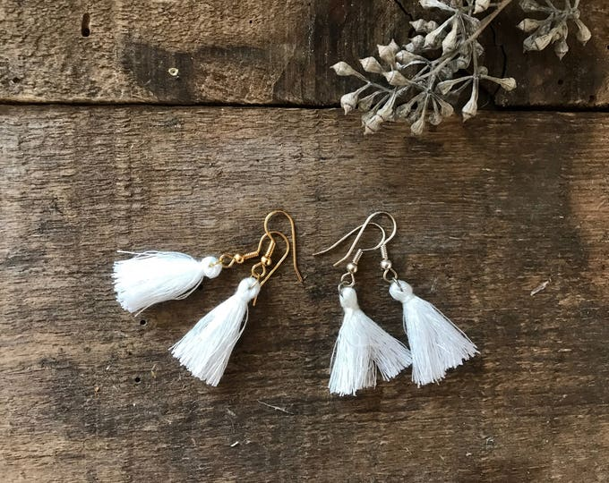 boho tassel earrings, snowflake white tassel earrings, cotton jewelry, unique bohemian gifts for mother, gifts for girlfriends, fall jewelry