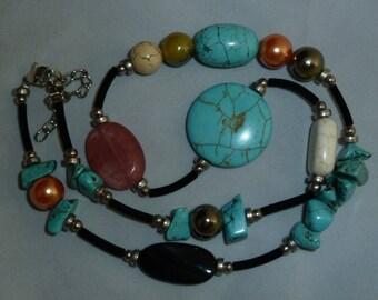 Gems Up Necklace