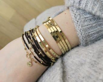 Bracelet jonc ouvert à accumuler - Les Essentiels // The Essential stacking bangle bracelet