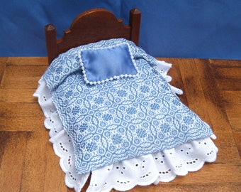 Dollhouse Coverlet Miniature Antique Blanket Handwoven Coverlet  Blue Whig Rose Coverlet 12th Scale Dollhouse Bedding Small Doll Bedding