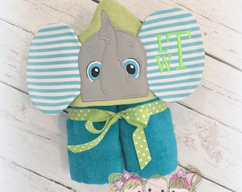Boys hooded towel - elephant hooded towel - 3D elephant towel - personalized hooded towel for boys - monogrammed towel with elephant