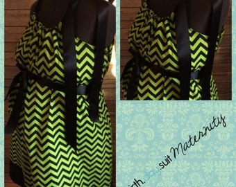 Memorial Day Sale! Maternity Hospital Gown: green and black chevron