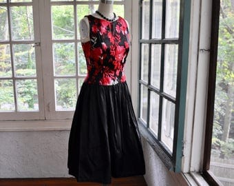 Dark Floral Party Dress/Vintage 1950s/Full Skirt Drop Waist Fifties Dress/Black And Red Rose Print/Date Night/Small