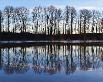 A wonderfullt artistic view over the Willamette River near Rogers Landing in Newberg.