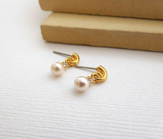 Retro Vintage Tiny White Faux Pearl Rhinestone Gold Hoop Dangle Earrings II44