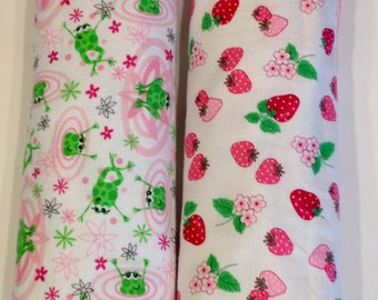 Strawberry frog pink Receiving baby blanket, rayon pearl crown edging Single Layered flannel, baby girl blanket, pink-red-white-green 40x40