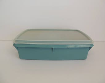 Tupperware Tuppercraft Blue Storage Sewing Craft Organizer Tackle Box with Divided Tray Used Number 676-1