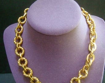 Heavy Gilt Metal Choker Chain Necklace