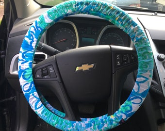 Steering Wheel Cover made with Lilly Pulitzer's In A Pinch fabric