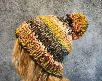 Pom Pom Hat, Knit Beanie, Womens Winter Hat, Chunky Hat, Knit Cloche, Multicolor Pom Pom Hat, Striped Beanie, Striped Pom Pom Hat, Bulky Hat