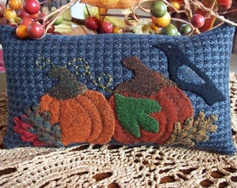 In the Pumpkin Patch Shelf Pillow Tuck