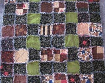 Handmade Flannel Autumn leaves rag quilt