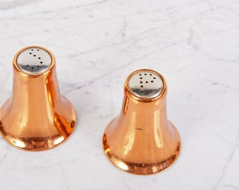 Copper Salt and Pepper Shakers Vintage / Salt and Pepper Shakers / Copper Decor / Salt and Pepper Set