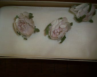 flower garland linen antique palest pink