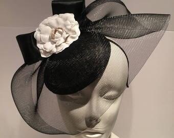 Black and white Fascinators -Kentucky Derby- Tea party- Flower Fascinator -Classic fascinator -British fascinator -Cocktail hat- Easter hat