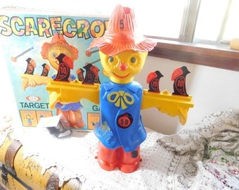 Ideal Scarecrow Game, Scare Crow Game, Ideal Game, Vintage Dart Game, Vintage Board Game, Vintage Game, Vintage Toys, Toys, use for prop )s*