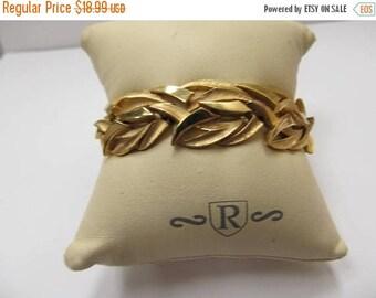 On Sale TRIFARI Vintage Dual Textured Link Bracelet Item K # 899
