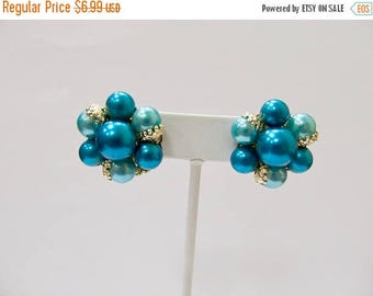 ON SALE Vintage Turquoise Blue Faux Pearl Cluster Earrings Item K # 2028
