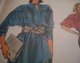 Vintage 1980's Vogue 8762 Dress Sewing Pattern Size 14-16-18