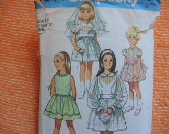 vintage 1970s simplicity sewing pattern 9344 Girls dress size 12