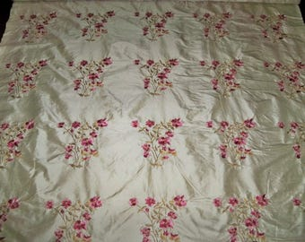 STROHEIM & ROMANN ANTOINETTE Shabby Floral Bouquets Embroidered Silk Fabric 13 Yard Bolt Cream Rose Pink