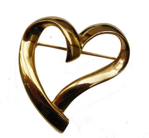 Heart Brooch - Signed  Trifari -  gold tone  swirl heart Pin