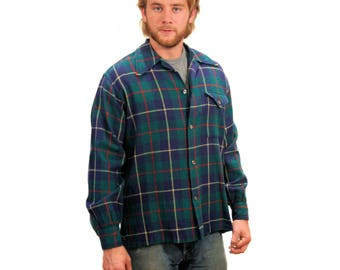 Distressed Plaid Shirt, 60s Blue Wool Plaid Shirt, 1960s Men's Work Shirt, Plaid Boyfriend Shirt, Rugged Wool Shirt size M L
