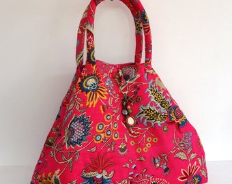 Maxi large tote bag with handles in pink and multicolored cotton paisley printed block print, with key/jewelry holder