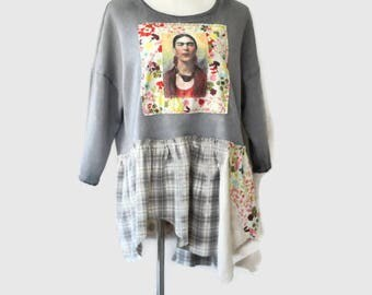 Frida Kahlo Sweatshirt / Upcycled Oversized Women's Fashion Clothing / Size Large  - XXL Ladies Junior's Clothes / Reloved Clothing Co