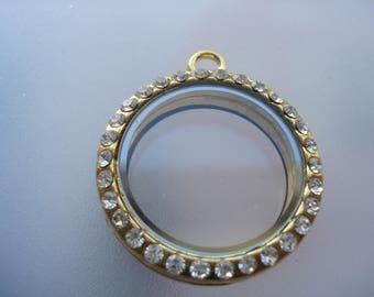 35mm Flat Round Alloy Photo Locket, Locket with Glass Cabochons, Golden Photo Locket, Great Value!! C563