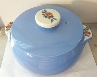 "Vintage Hall's Pottery ""Rose Parade"" pattern 2-Quart Blue & White Casserole or Bean Pot - Near Mint!   TF"
