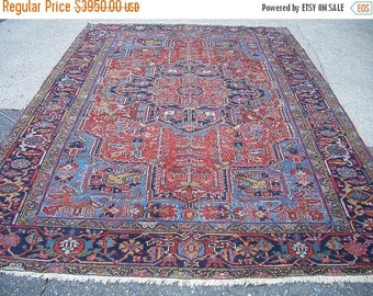 SUMMER CLEARANCE 1930s Hand-Knotted Antique Heriz Persian Rug (3231)