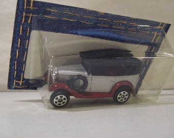 Vintage Tomy Pocket Cars Die-cast Datsun Touring Car, Japan, 1/49 Scale, 1974, On Card Bottom, Tomica