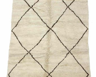 Thick Beni Ourain Moroccan Berber Carpet ** 9' 3''  by 5' 9'' **