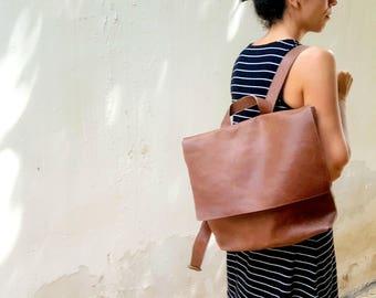 Leather Backpack Women, Laptop Backpack Bag, Messenger Backpack, Laptop Messenger Bag with Zipper, Messenger Bag, Leather Messenger Bag