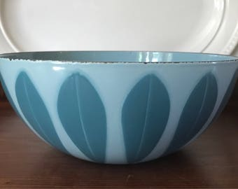 "Cathrineholm Lotus Bowl, 8 Inch / Blue on Blue Lotus Bowl / Catherineholm 8"" Bowl / Cathrineholm Lotus / Grete Prytz Kittelsen / Norway"