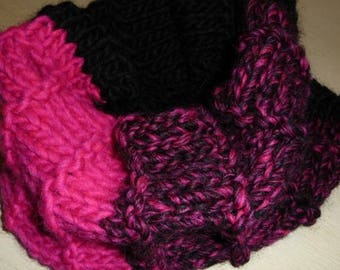 Snood pink fuschia and black - hand made