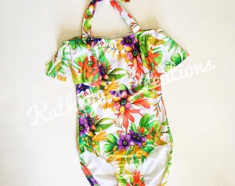 Ladies One Piece Swimsuit/Bathers/Togs