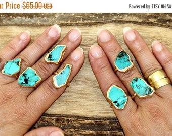 SUMMER SALE- Raw Stone Ring, Turquoise, Gold, Gift For Mom, Girlfriend, Raw Turquoise Ring, Stacking Ring, Turquoise Ring, Turquoise Jewelry