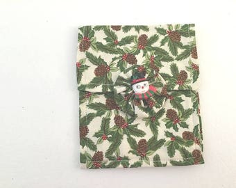 Christmas Purse, Mini Purse, Snowman Bag, Holiday Purse, Cosmetic Bag, Hand Made Purse, Purselet, Red Green Purse, Snowman Button