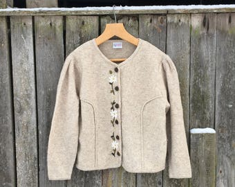 Vintage beige Bavarian cardigan Knitted Alpen cardigan with floral embroidery Austrian folk cardigan