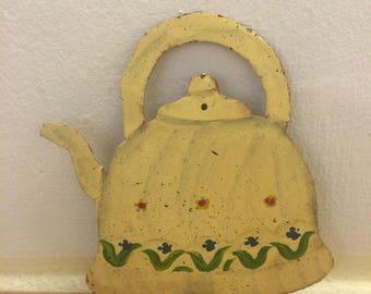 Vintage French metal hook teapot design