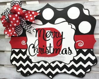 Christmas Door Hanger; Initial Door Hanger; Monogram Christmas Welcome Sign; Front Door Decoration; Wooden Door Hanger; Seasonal Decor