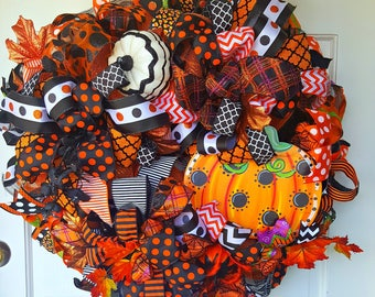 Hallween Wreath, Fall Wreath, Autumn Wreath, Pumpkin Wreath, Deco Mesh Wreath, Outdoor Wreath, Orange Mesh Wreath, Front door Wreath