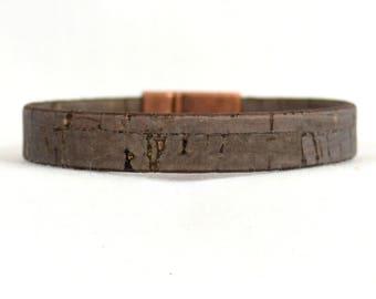 Men's Vegan Bracelet - Dark Brown Cork Bracelet with Magnetic Ridge Clasp (10F-513)