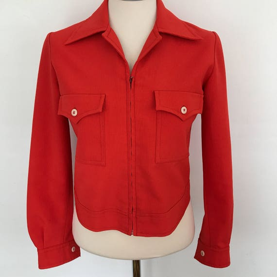 Mod jacket waist length cropped jacket suit jacket bright red 1970s UK 10 polyester 70s top dagger collar zip up sporty scooter girl