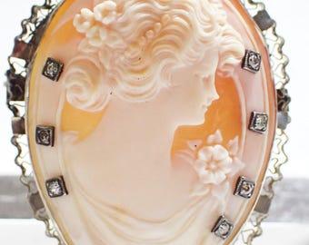 14k White Gold Seven Diamonds Horseshoe Shaped Good Luck Cameo Brooch