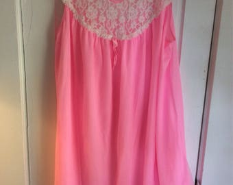 Sweet Vintage Waltz Gown Hot Pink White Lace Bodice Chiffon Durelle 40/46