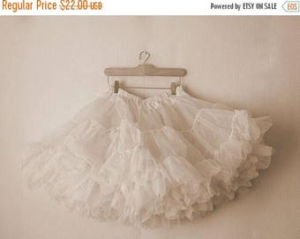 ON SALE Vintage White two layers Tutu /  chiffon petticoat from 1970's*